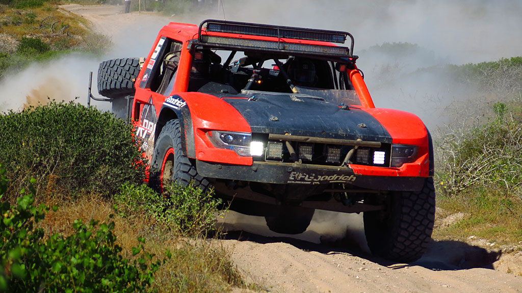 One of the lead Trophy Trucks past our location was Clyde Stacy from Bristol, VA - he would finish 7th in Class.