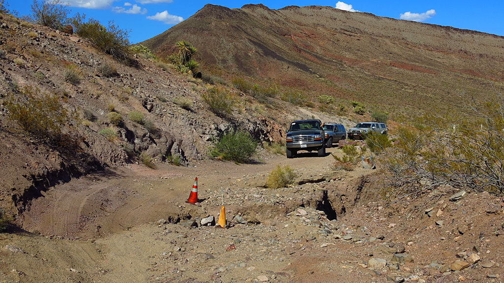 While bypassing Paiute Canyon on the old Ma Bell road, we encountered a few small washouts.
