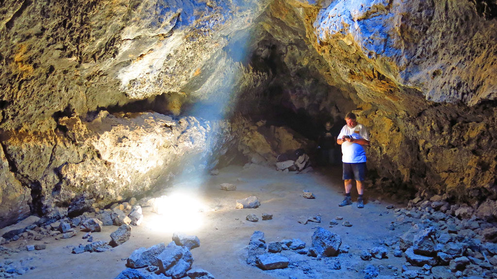 Another deviation from the Mojave Road -- this time visiting the lava tubes.