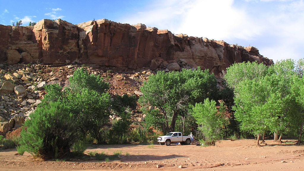 We spent the night in Wolverine Canyon, a 15 mile loop-trip off the main Burr Trail. We cooked dinner and spent the night under the Cottonwoods.