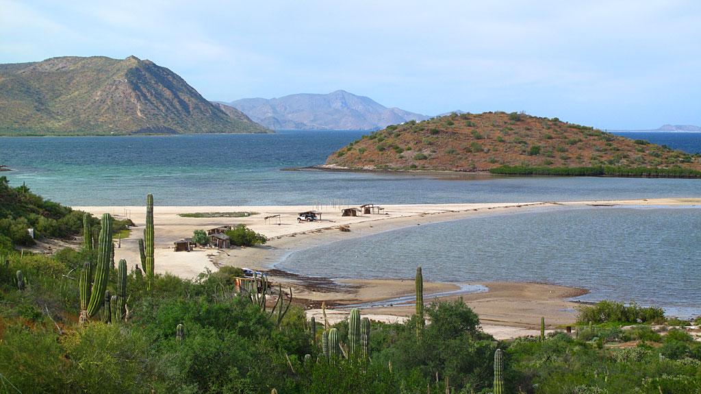 Bahía Concepción right about here.
