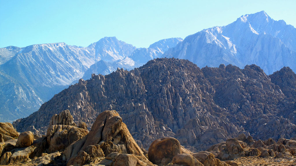 Alabama Hills in the foreground.
