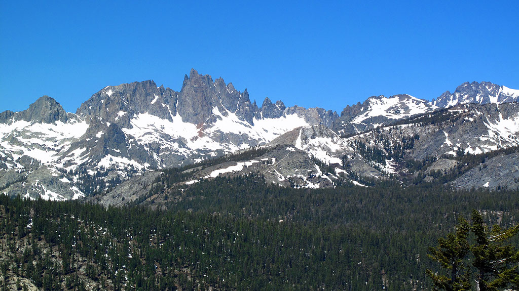 The Minarets are the series of jagged peaks, located in the Ritter Range of the Sierra Nevadas.