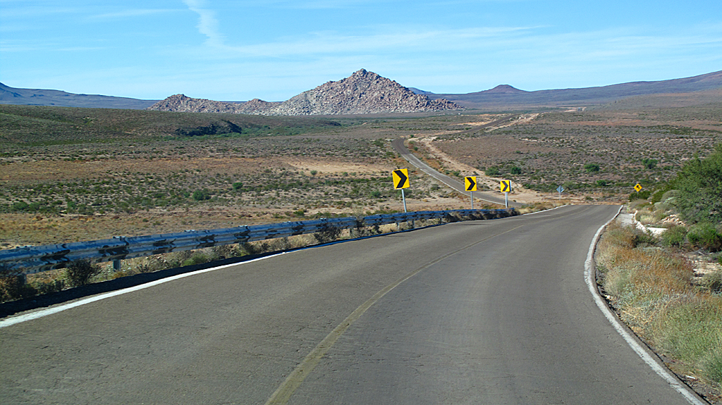 Mexico Highway 1, near San Agustin, Baja California.