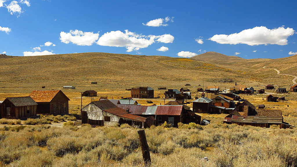 Bodie has around 110 buildings remaining from a boom of 2,000 buildings in the late 1880s. On June 23, 1932, the second of two major fires destroyed more of the town, leaving what remains today.